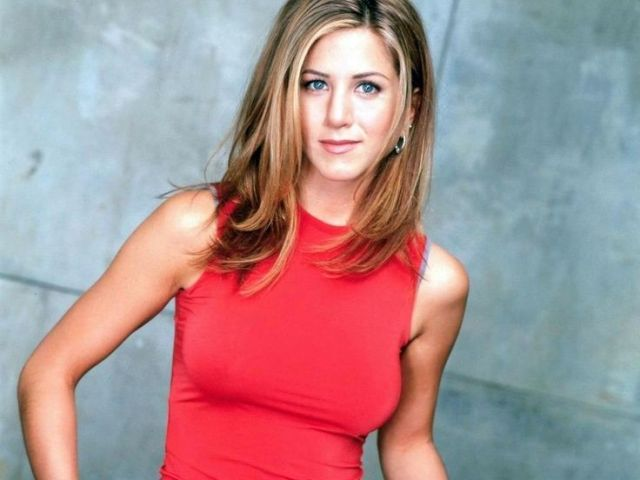 Jennifer Aniston as Rachel